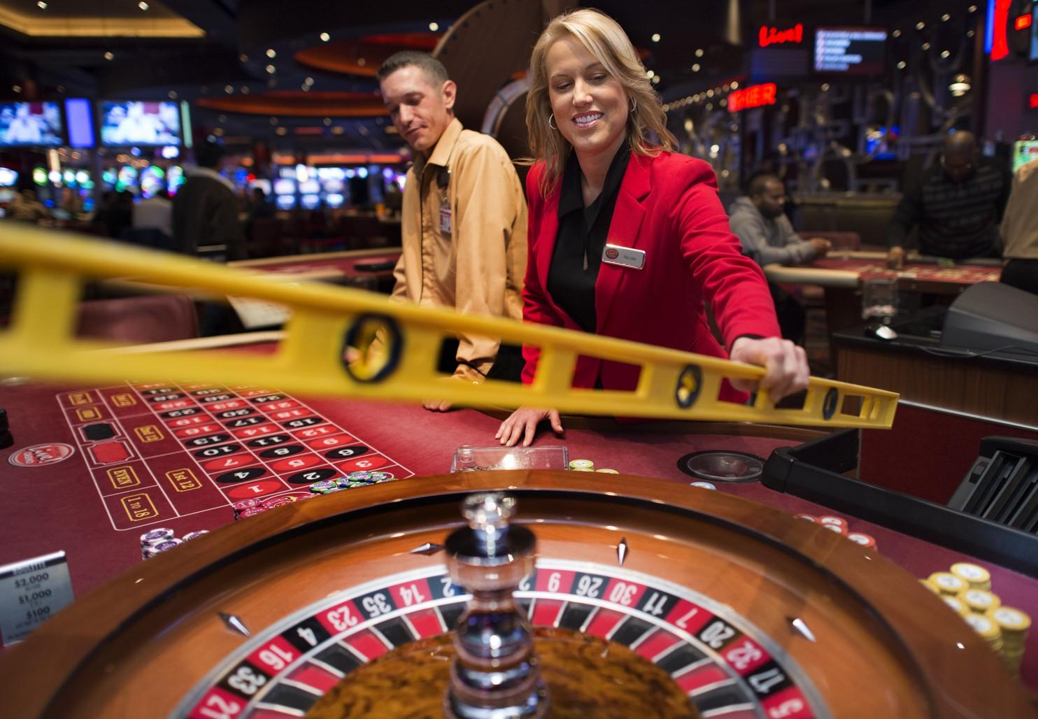 Free triple seven slot machine games